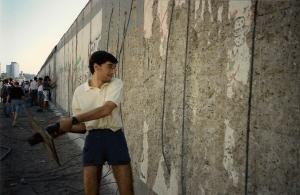 Cadono i muri